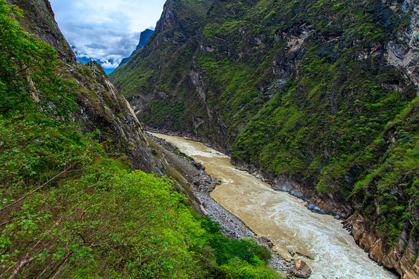 Yangtze Drift, Tiger Leaping Gorge