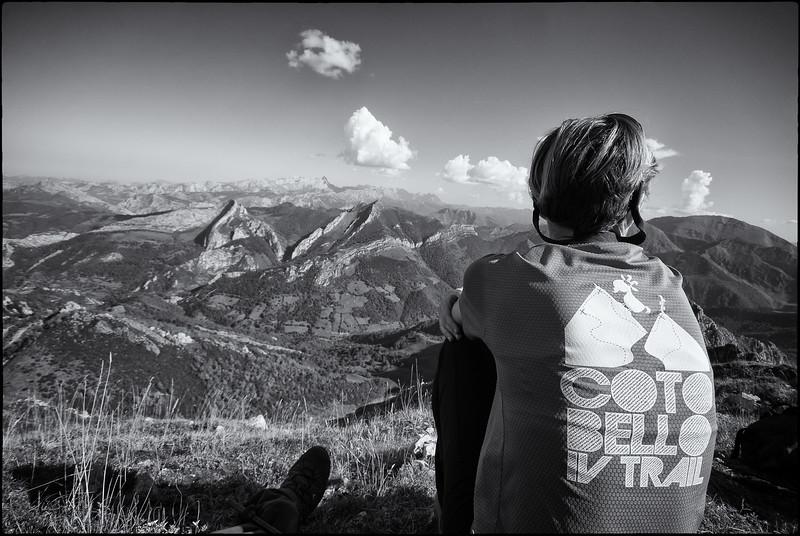 Contemplating peaks