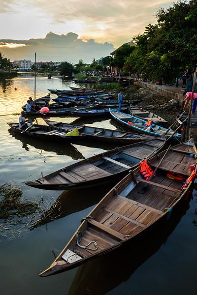 Thu Bon Riverbank