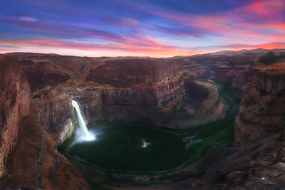 The elegant Palouse Falls.