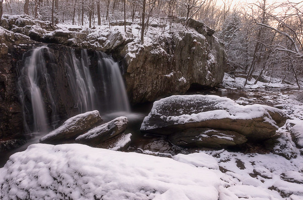 1st snow of 2017 at Kilgore Falls