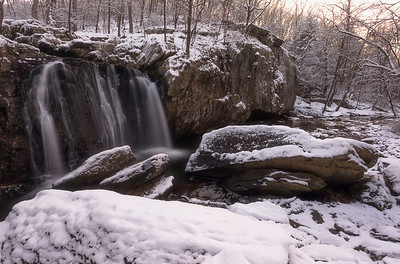 1st snow of 2017 at Kilgore Falls