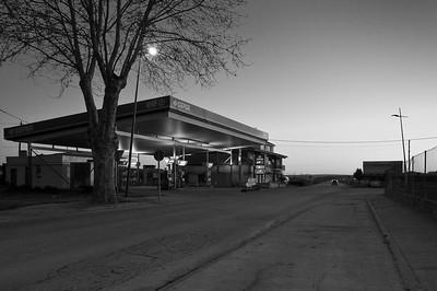 Elf petrol station.  Humanes, nr. Guadalajara, Spain