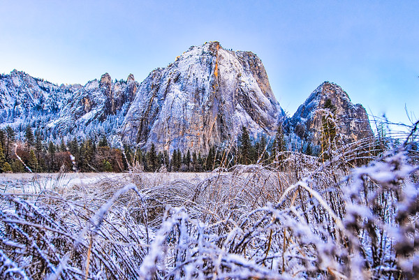 Exploring a cold morning in Yosemite after a dusting of snow