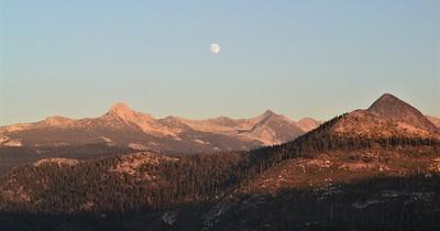 Sierra Nevada Moonrise