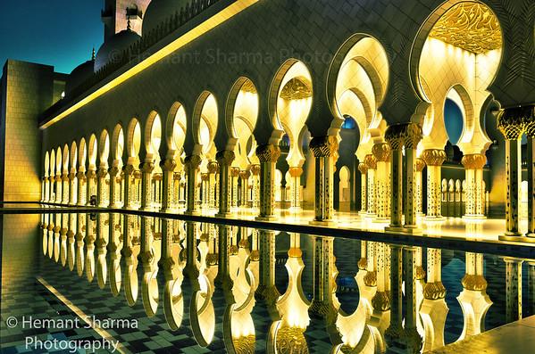 Abu Dhabi Mosque eary morning 5.30 am...........