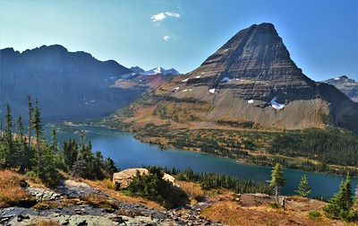 Hidden Lake & Bearhat Mountain