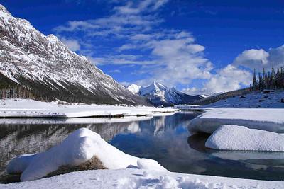 Medicine Lake - Jssper National PArk