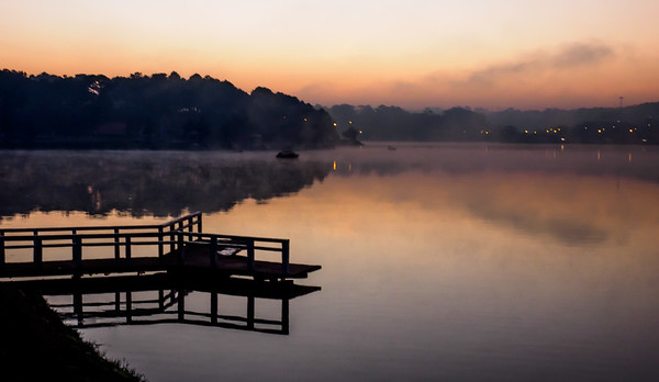 Sunrise over Lake Xuon Huong, Dalat