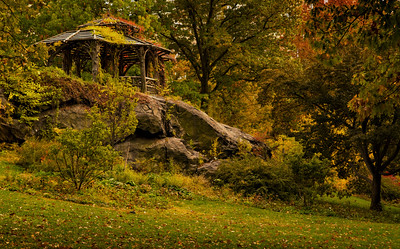 Abandoned gazebo in Central Park by Beata Obrzut