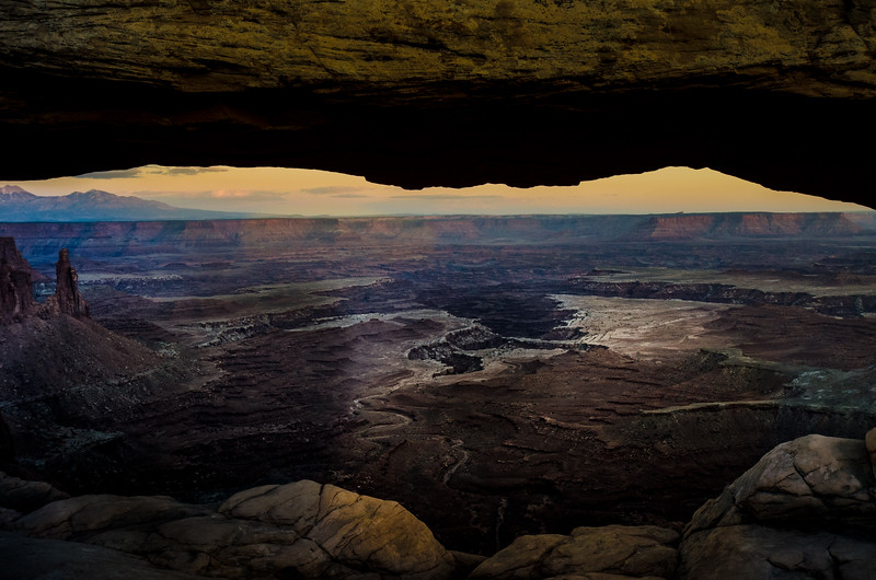 Mesa Arch - Canyon Land