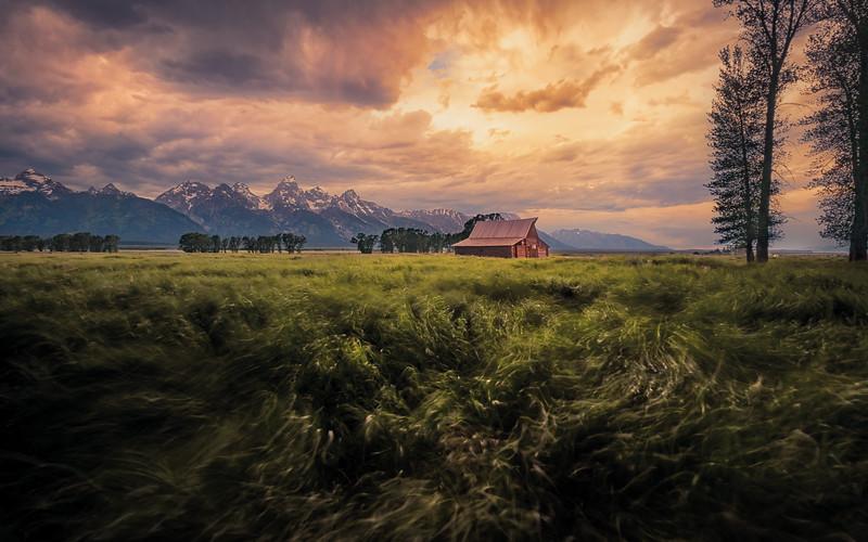 Windstorm on the prairie