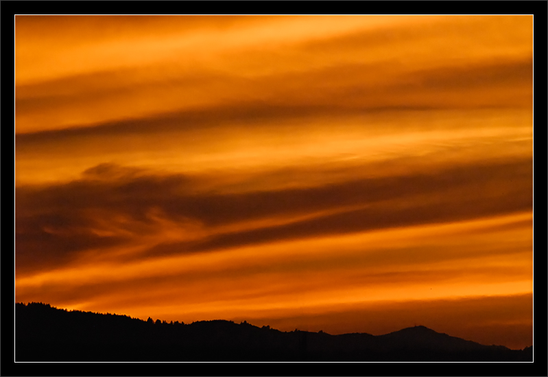 Jupiter Skies  Sunset over the Bay Area mountains  SF Bay Area, California  05-MAY-2010