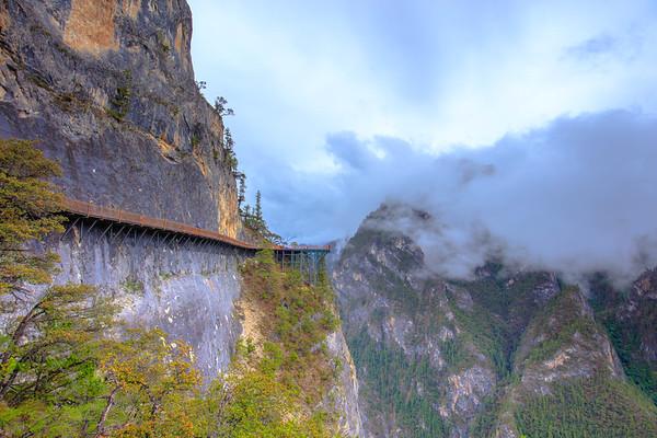 A Perfect Place in Paradise, 3000 meters elevation  Balagezong Grand Canyon, Shangri-La, Yunnan, China