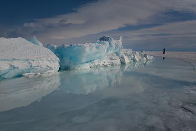 Facing the ice bulk