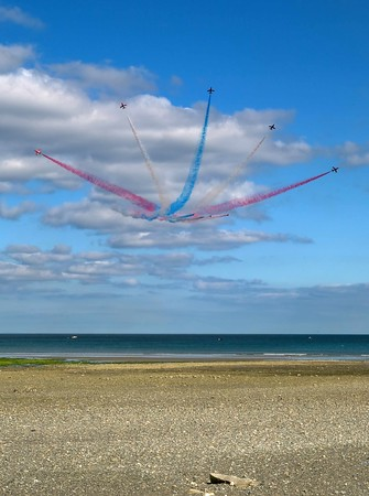 Red Arrows 'Bomb-burst' their good-bye over Newcastle Beach, August 2010, County Down