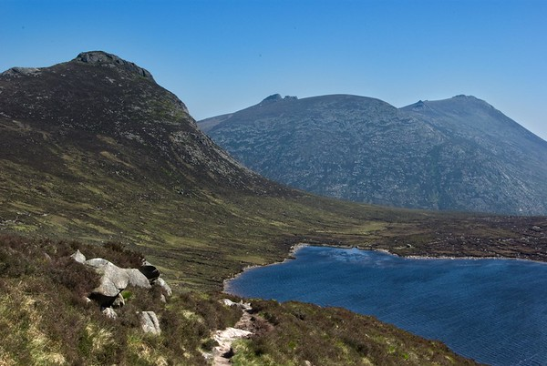 Lough Shannagh, Doan to the left / fore, and Slieve Binnian to the rear