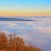 Az első képen látható köd kavarog a Pilis vonulata előtt is.
