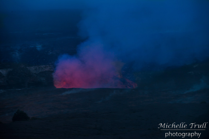 Lava glow begins to be visible as the sun starts to go down...