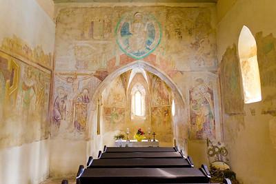A veleméri Árpád-kori templom belseje