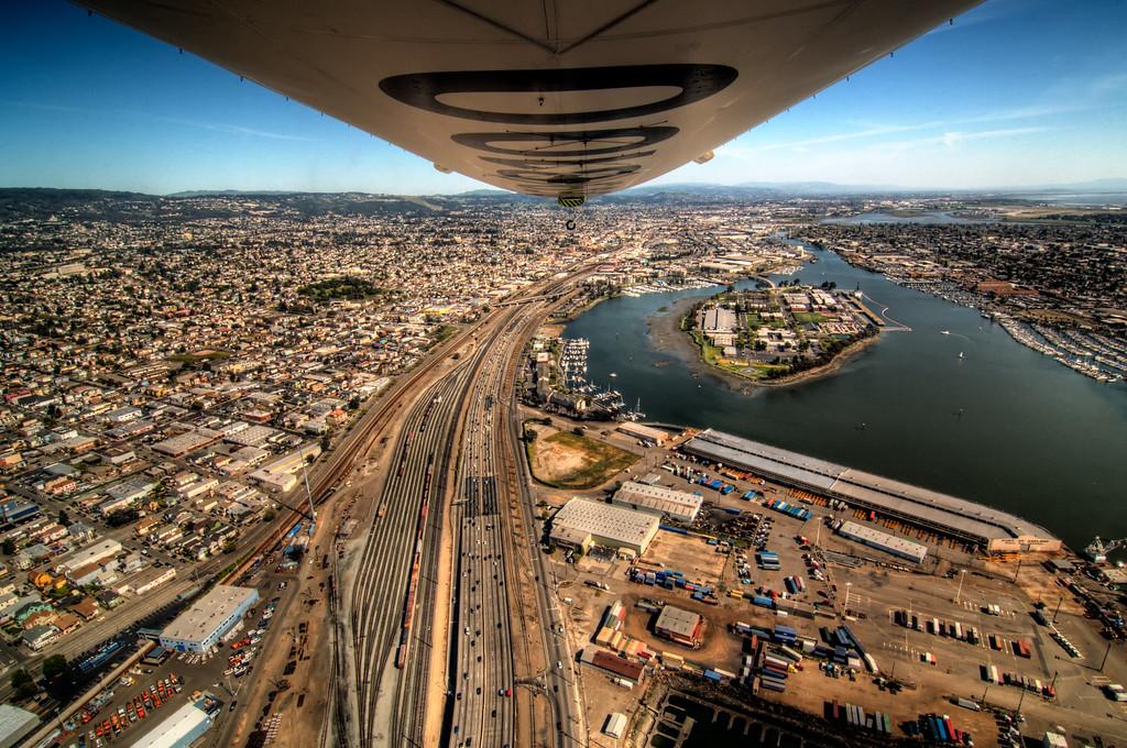 I-880, Oakland (Alameda on right)