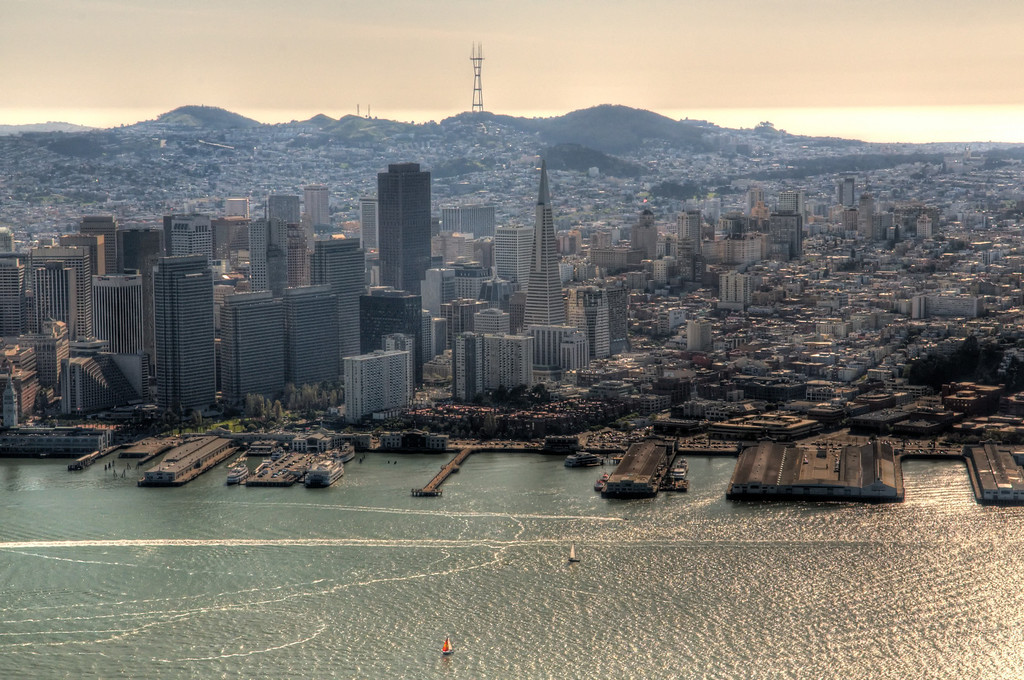 Zeppelin Eureka flight over SF Bay