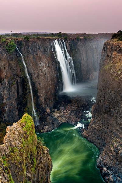 Victoria falls on the Zambezi River, Zimbabwe, Zambia