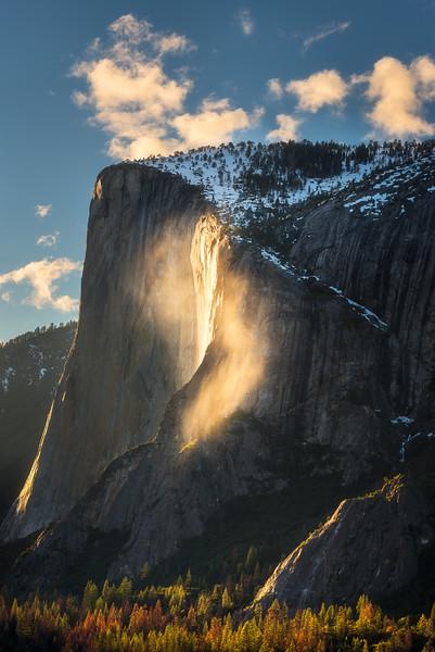 Firefall mist at sunset, Yosemite National Park