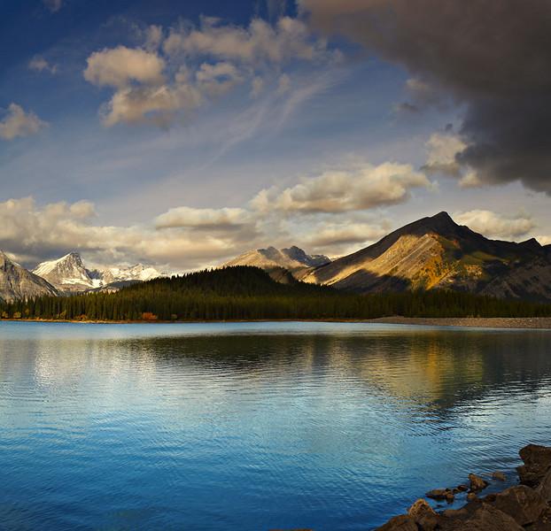 Upper Kananaskis Lake - Peter Lougheed Provincial Park - Alberta