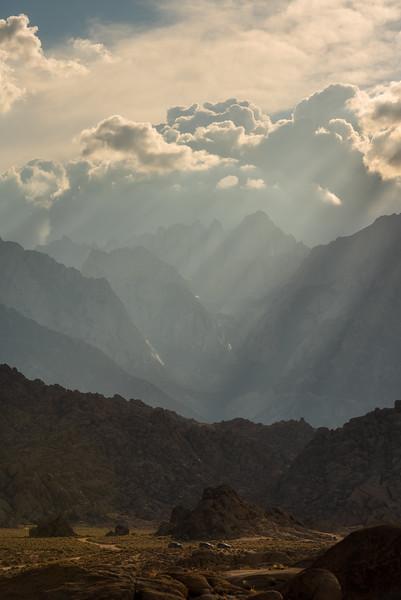 Alabama hills sunset rays