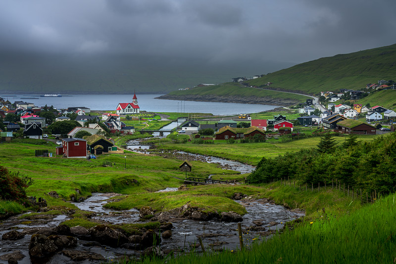 """photo by: robin harrison ( <a href=""""http://www.robinharrison.net"""">http://www.robinharrison.net</a>)"""