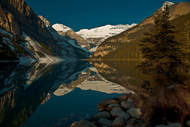 Lake Louise Banff N.P