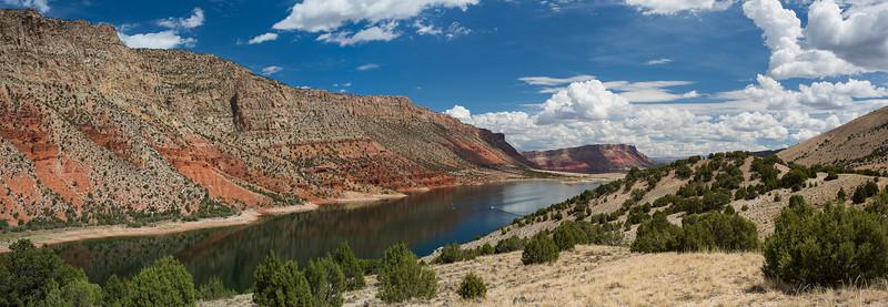 Flaming Gorge - Utah<br /> Zeiss 35 f/1.4 B&W Polarizer