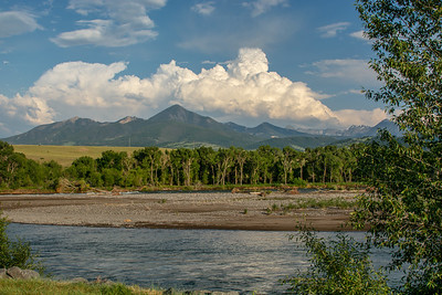 Yellowstone River from Sacajawea Park