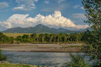 Yellowstone River from Sacajawea Park