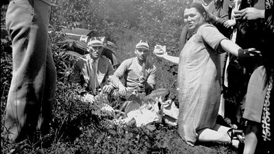 Morres (left) at a Picnic