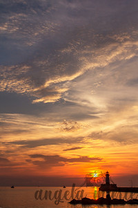 Sunset over the lighthouse in Canal Park, Duluth