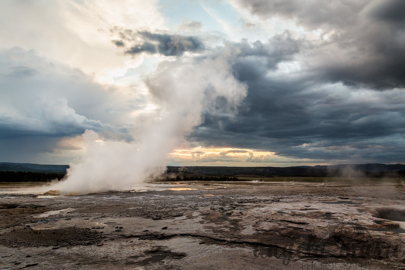 Fountain Geyser at Sunset with Storm Brewing II - Fountain Paint Pot Trail