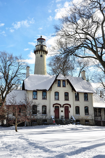 Grosse Pointe Lighthouse, Winter