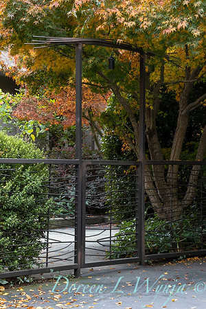 Custom metal fence and arched gate_5333