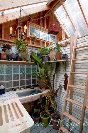 Potting shed story_038