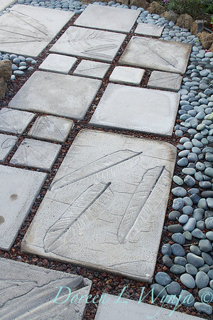 Embossed leaf stepping stones_7044
