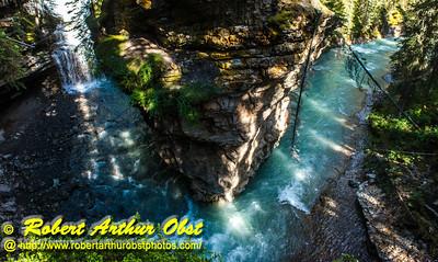 DB-Obst_7863_ATO.WestUSACanada2014-CAN.AB.Banff.BanffNP. JohnstonCanyon.180DegreesCanyon-B (DSC_7863.NEF)