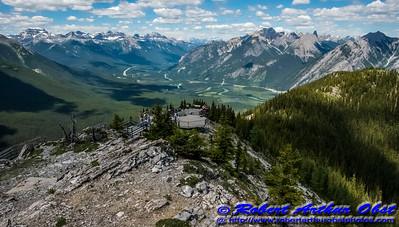 DWS-NPAMAF_7659_ATO.WestUSACanada2014-CAN.AB.Banff.BanffNP.ViewFromSulphurMountainOfMountainsNorth-B (DSC_7659.NEF)