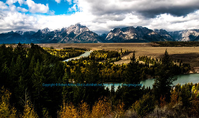 LI-Rivers_6035_MAT-RORP.P1.USA.WY.Moose.GrandTetonNP.DeadmansBarToMooseSection.AutumnViewFromSnakeRiverOverlook-B (DSC_6035.NEF)