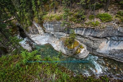 LI-Rivers_8073_ATO.WestUSACanada2014-CAN.Alberta.Jasper.JasperNP.MaligneCanyon.LimestoneGorge-B (DSC_8073.NEF)
