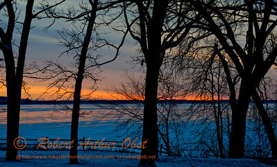 Hiker's view of a gorgeous winter sunrise over a frozen Lake Mendota from Governor Nelson State Park (USA WI Waunakee; Obst FAV Photos 2013 Nikon D800 Destinations Wild Scenic State and Provincial Parks Image 7487)