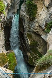 LI-Waterfalls_8172_ATO.WestUSACanada2014-CAN.Alberta.Jasper.JasperNP.MaligneCanyon.WaterfallThundersWithinGorge-B (DSC_8172.NEF)