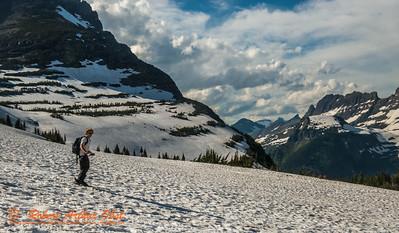 SFE-AO_7145_ATO.WestUSACanada2014-USA.MT.GlacierNP.LoganPassArea.HiddenLakeNatureTrail.SKier-B (DSC_7145.NEF)