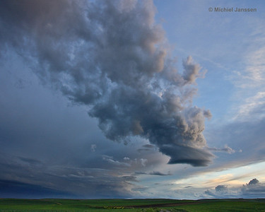 Approaching thunderstorm - Naderend onweer